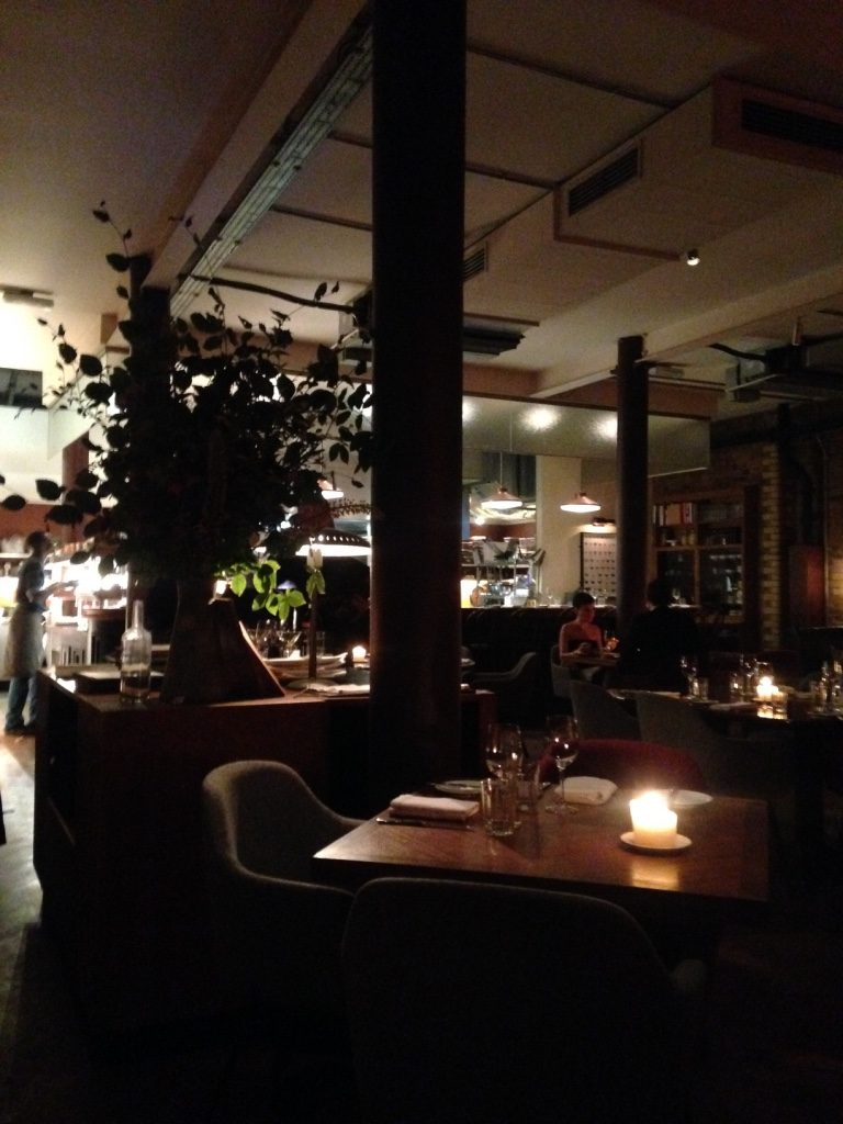 merchants-tavern-restaurant-london-interior-travel-highlife