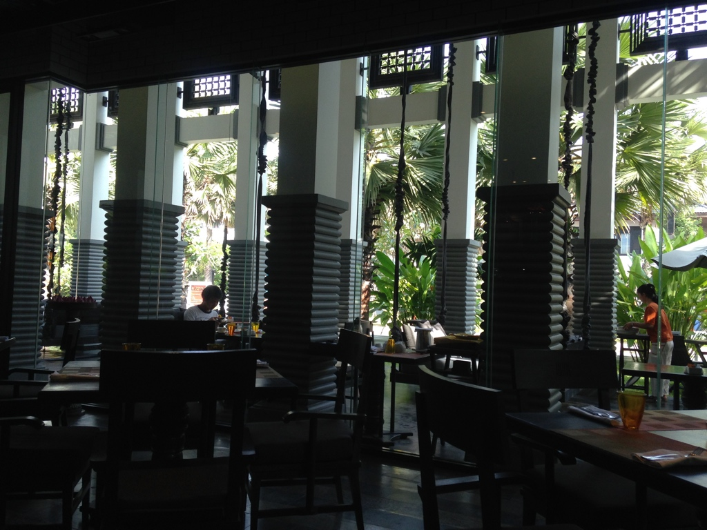 kroya-restaurant-shinta-mani-resort-siem-reap-interior-travel-highlife