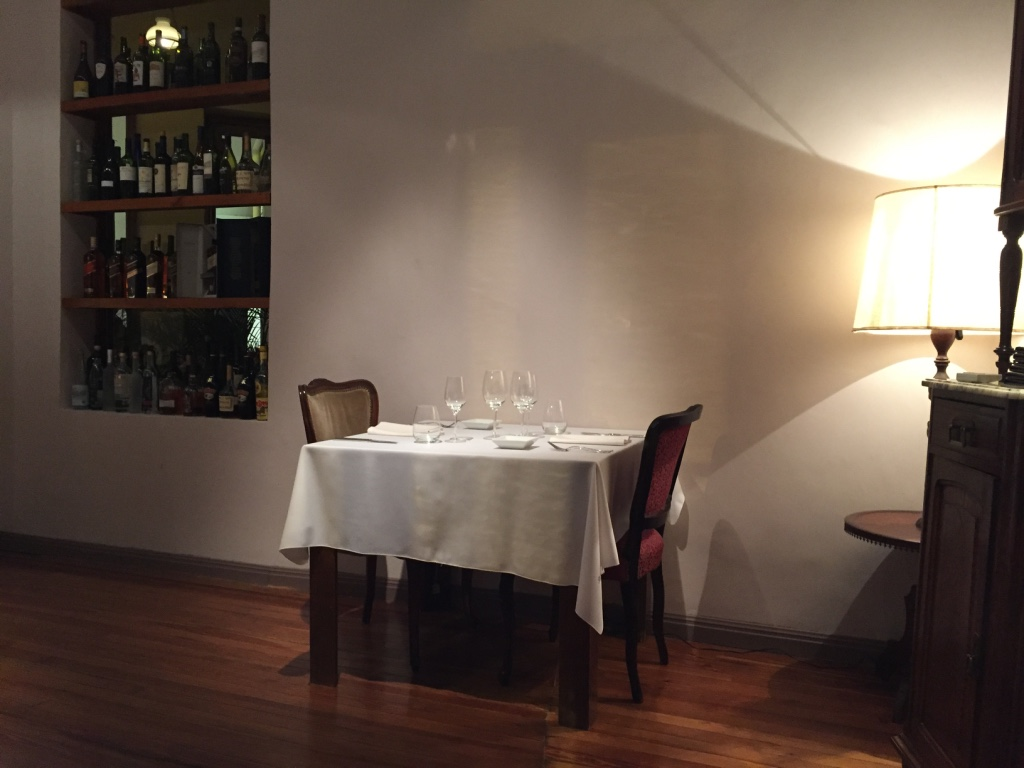 casa-coupage-restaurant-buenos-aires-table-setting-travel-highlife