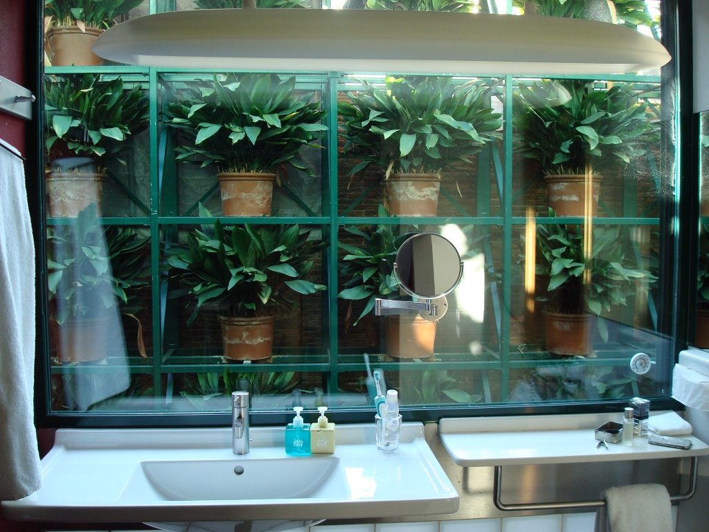 casa-camper-hotel-barcelona-bathroom-travel-highlife