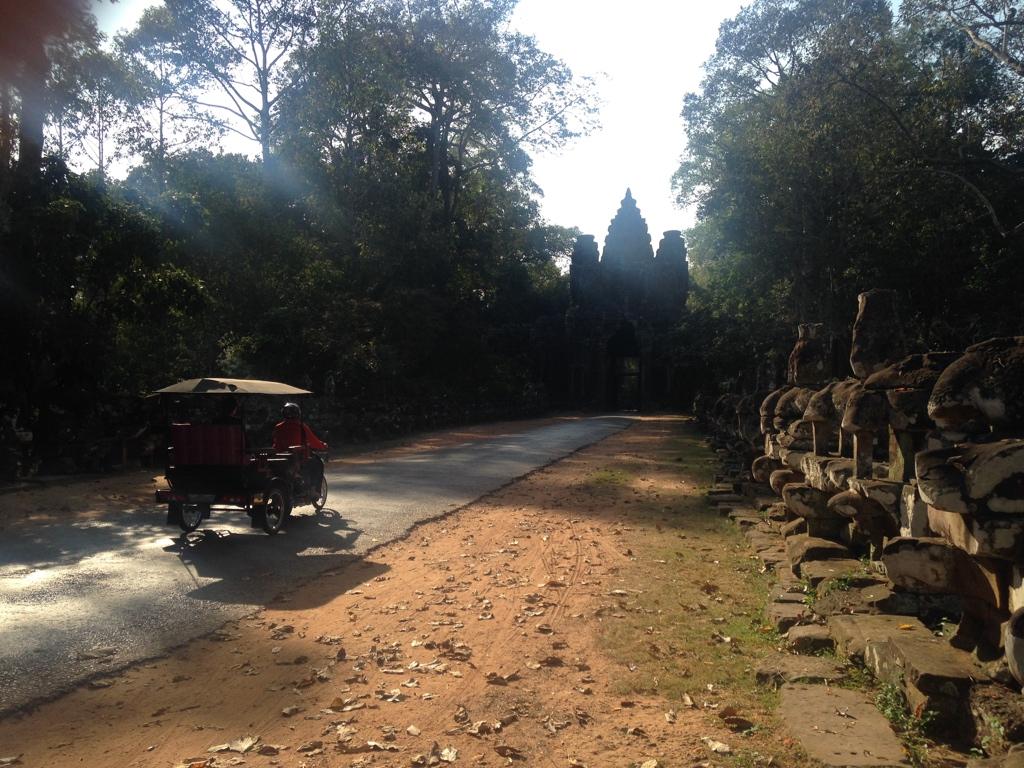 48-hours-in-siem-reap-highlife-style-angkor-park-travel-highlife
