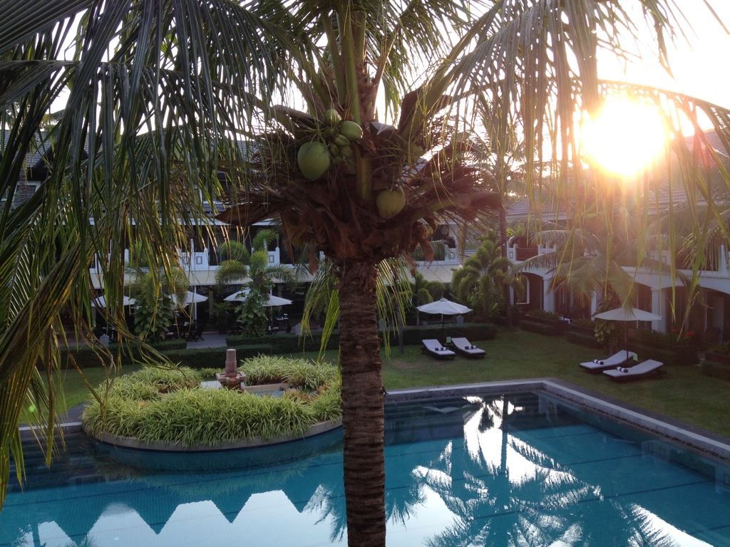 48-hours-in-siem-reap-highlife-style-shinta-mani-pool-travel-highlife
