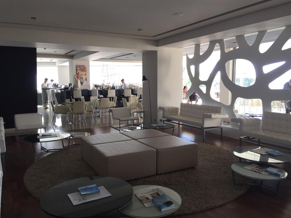 aqua-blu-resort-kos-lobby-bar-travel-highlife