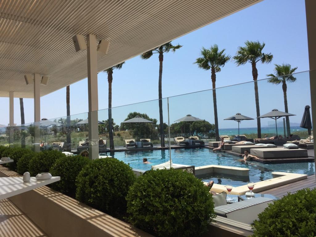 aqua-blu-resort-kos-poolside-travel-highlife