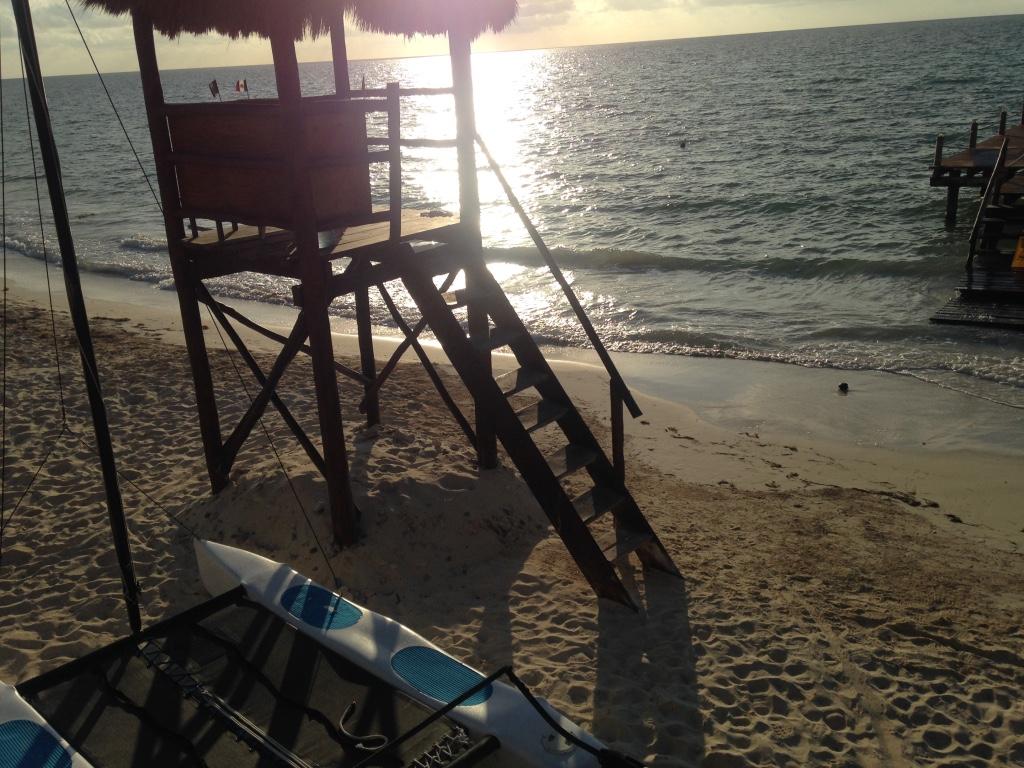 blue-diamond-riviera-maya-resort-playa-del-carmen-sunset-travel-highlife