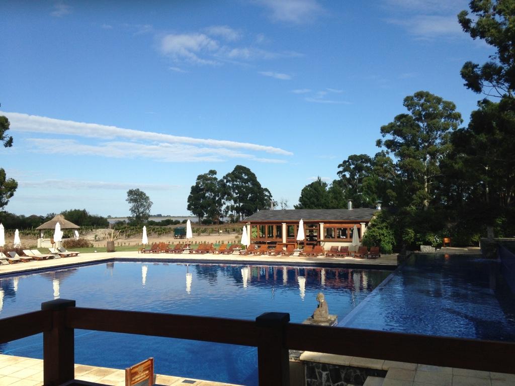 four-seasons-hotel-carmelo-siteview-travel-highlife