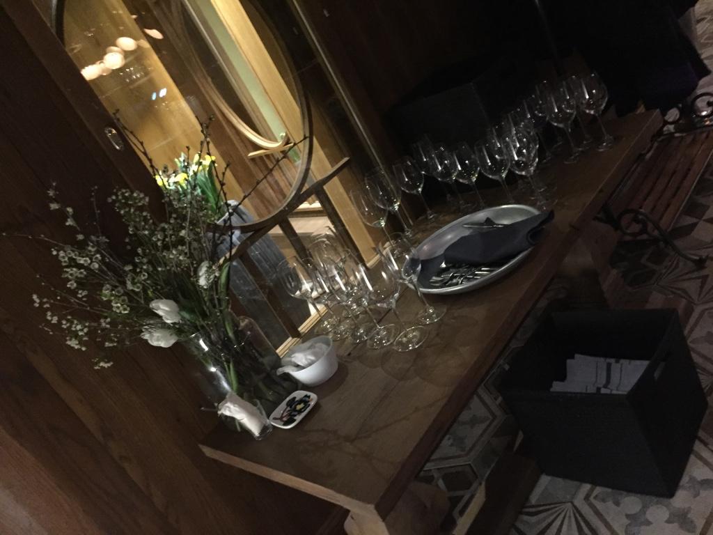 krog-roba-restaurant-helsinki-interior-travel-highlife