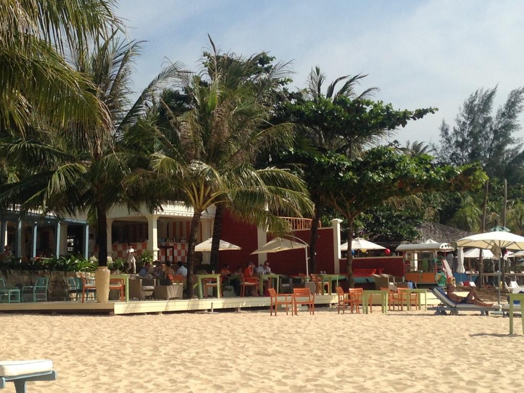 la-veranda-resort-phu-quoc-beach-restaurant-travel-highlife