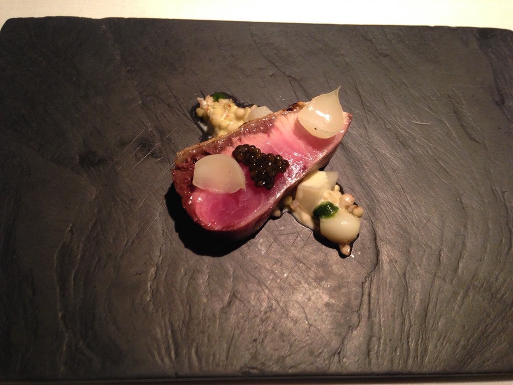 les-creations-de-narisawa-restaurant-tokyo-amberjack-travel-highlife