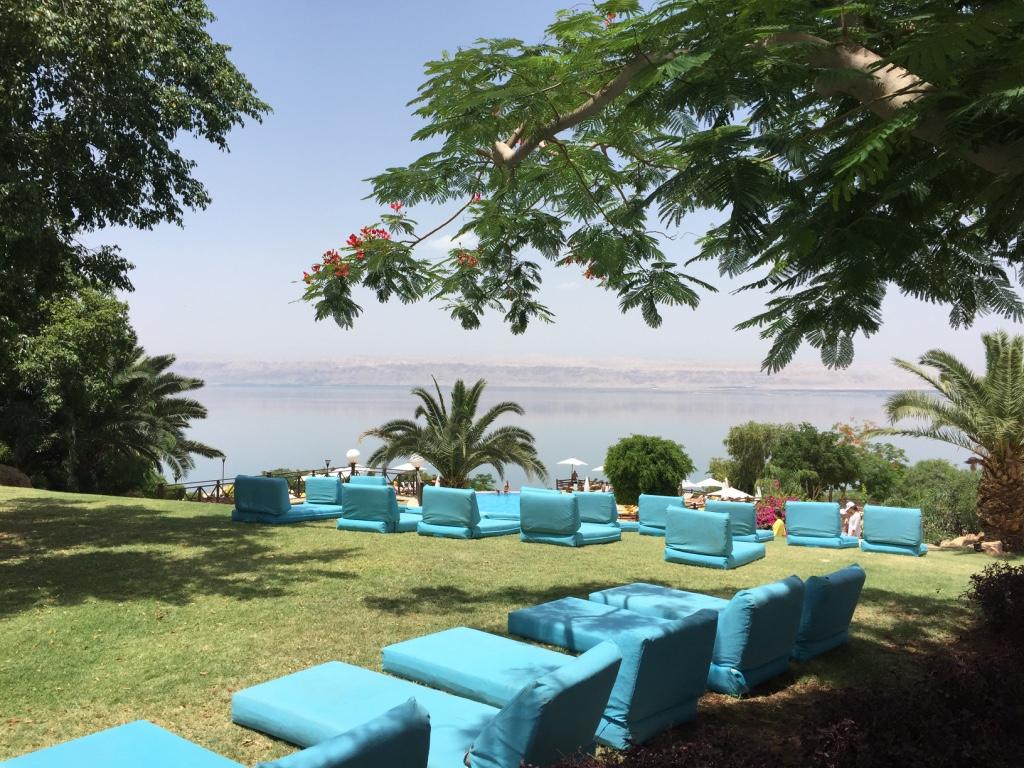 marriott-dead-sea-hotel-jordan-loungers-travel-highlife