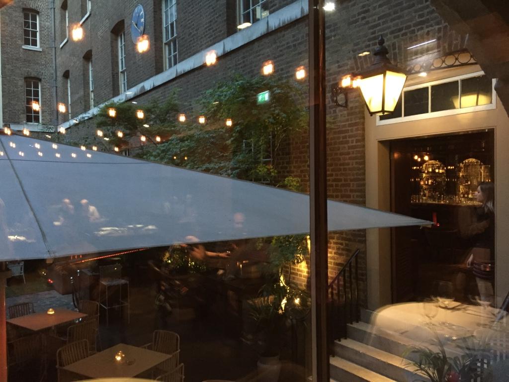 new-street-grill-restaurant-london-bar-courtyard-travel-highlife