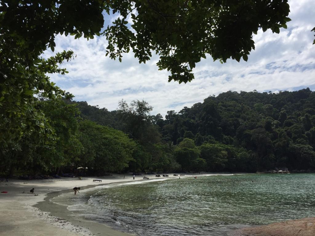 pangkor-laut-resort-malaysia-small-luxury-hotels-emerald-bay-beach-travel-highlife