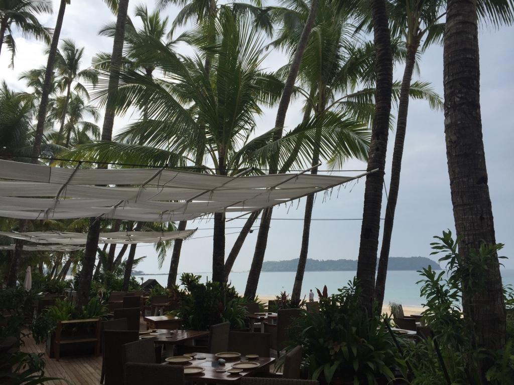 sandoway-resort-ngapali-beach-myanmar-breakfast-area-travel-highlife