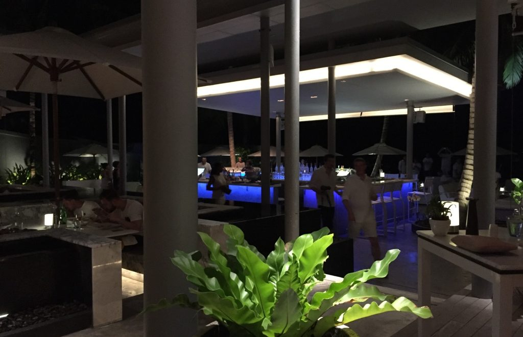 Palm Seaside Restaurant Lounge & Bar, Phuket: Cool and contemporary al fresco dining