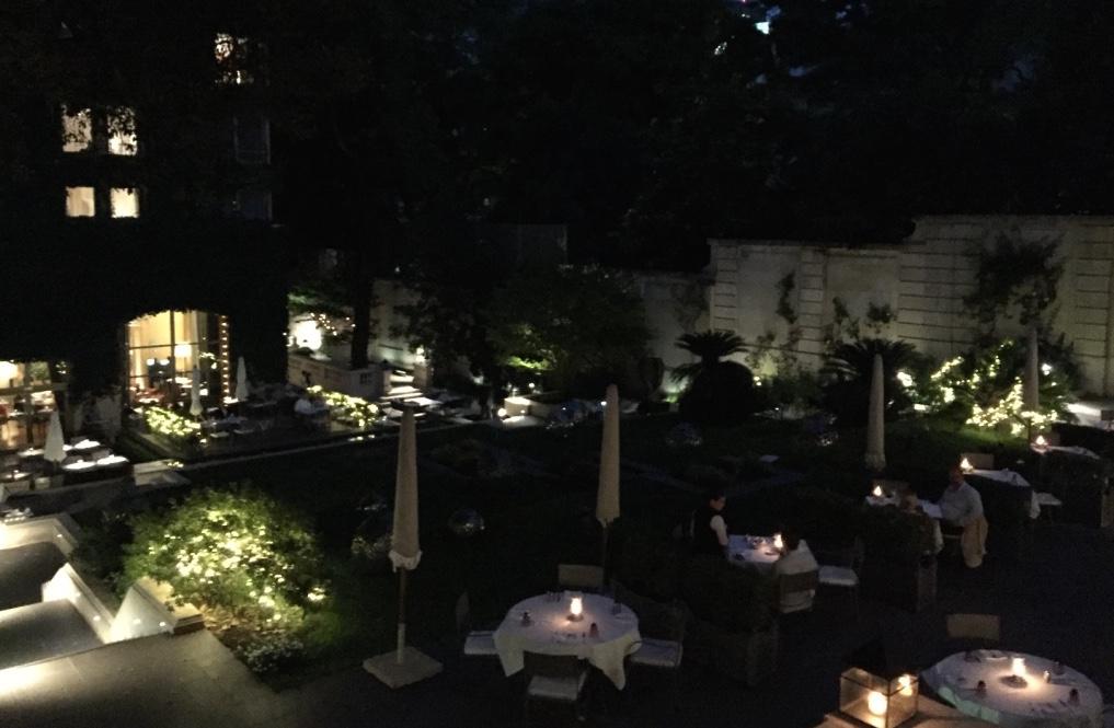duhau-restaurant-vinoteca-buenos-aires-gardens-travel-highlife